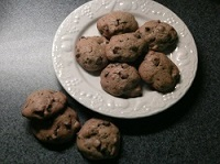 The Best Low Calorie Chocolate Chip Cookies