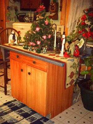 Kitchen Island Christmas Decorations